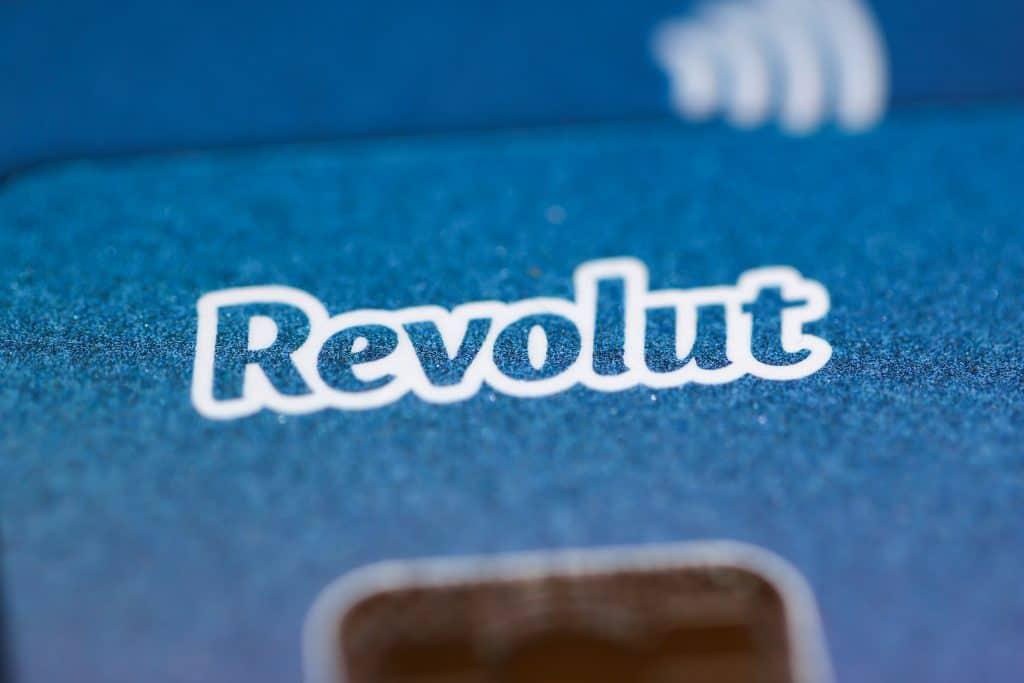 Kako uplatiti novac na Revolut karticu